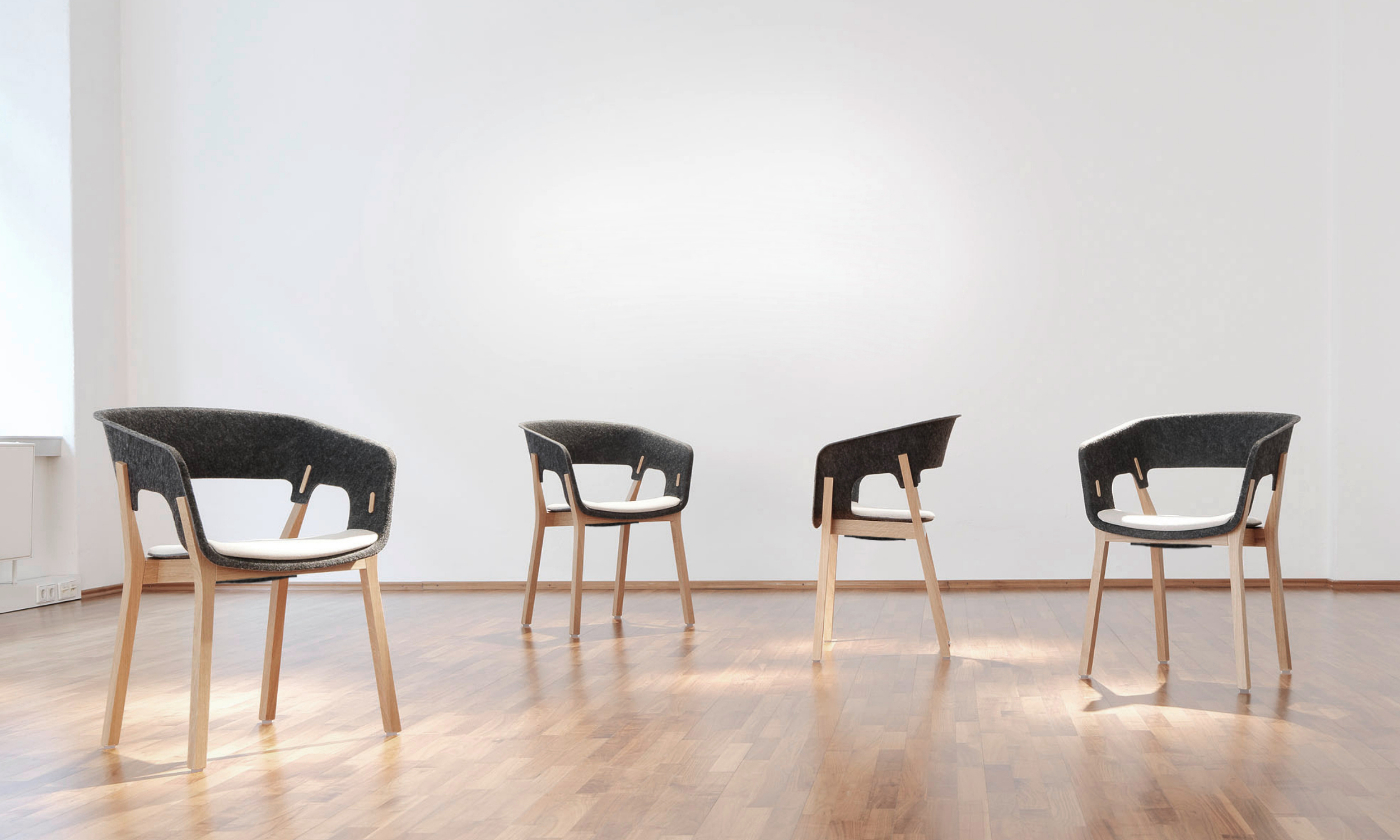 office-chairs_10-6_Club-1.jpg