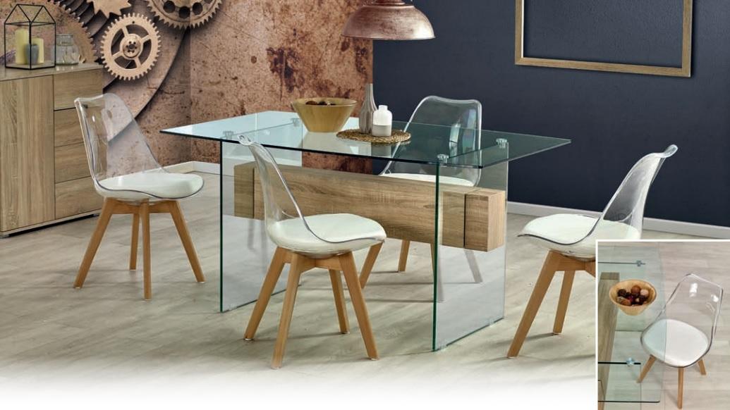 valgomojo stiklinis stalas