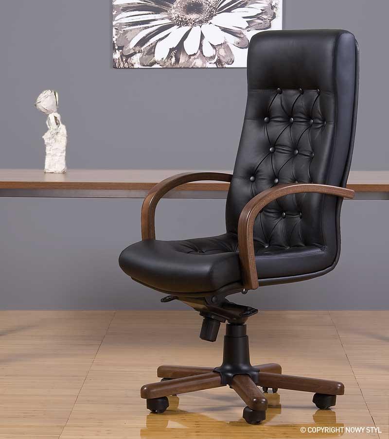odinis biuro fotelis